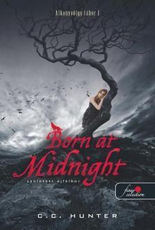 Born at Midnight - Született éjfélkor